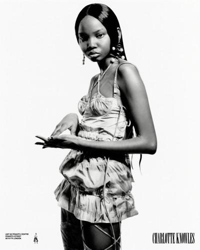 Charlotte Knowles SS19 - © Arnaud Lajeunie